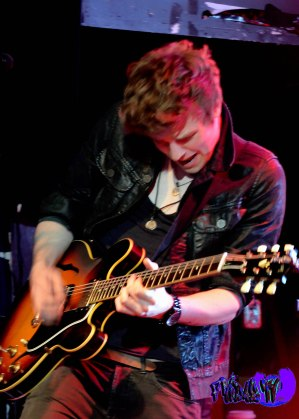 JOEL PEAT - GUITAR/BACK UP VOX - LAWSON LIVE @ THE VIRGIN MOBILE MOD CLUB 2013 -  Photography By: Fridae Mattas