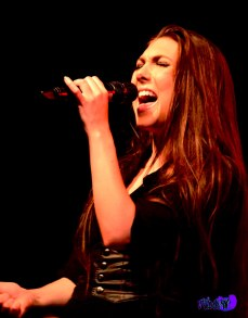 ELIZE RYD - VOX AMARANTHE LIVE @ THE VIRGIN MOBILE MOD CLUB 2013