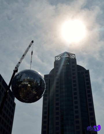 GLASS BALL - LUMINATO 2013 - DAVID PECAUT SQ