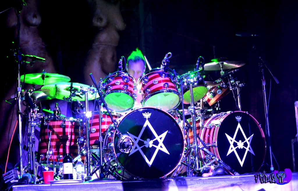 STEPHEN PERKINS - DRUMS  JANE'S ADDICTION LIVE @ ROCKSTAR UPROAR