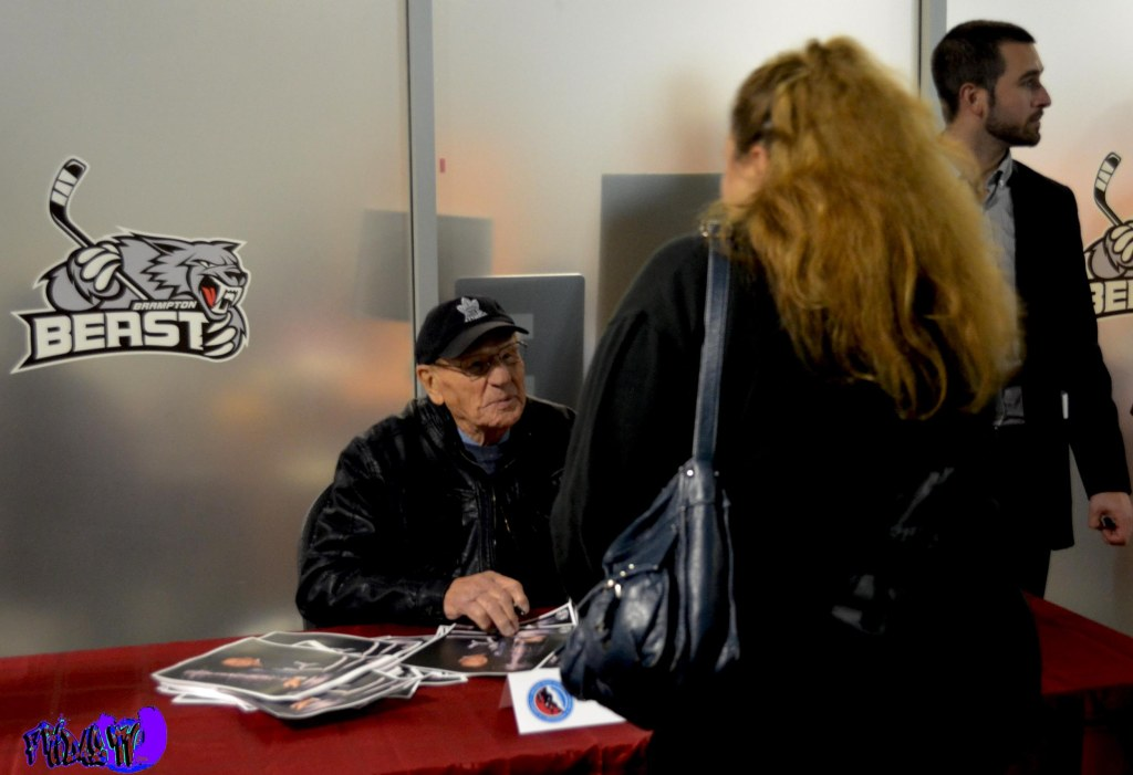 HOCKEY LEGEND JOHNNY BOWER SIGNING AUTOGRAPHS - MONDAY OCTOBER 2