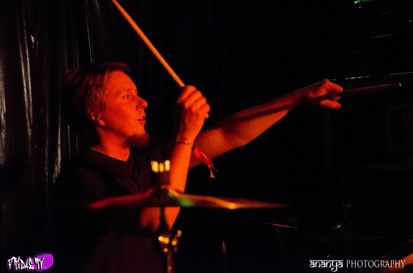 DEAD MESSENGER LIVE @ THE BOVINE CMW 2014