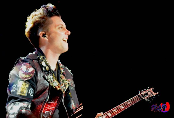 AVENGED SEVENFOLD - SYNYSTER GATES - GUITAR - ROCKSTAR ENERGY MA