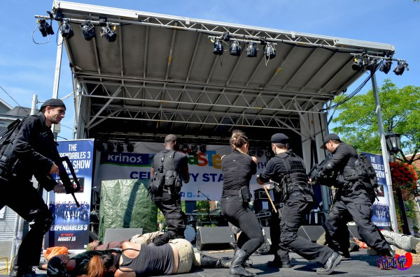 EXPENDABLES 3 LIVE ACTION CAST - TASTE OF THE DANFORTH SUNDAY AU