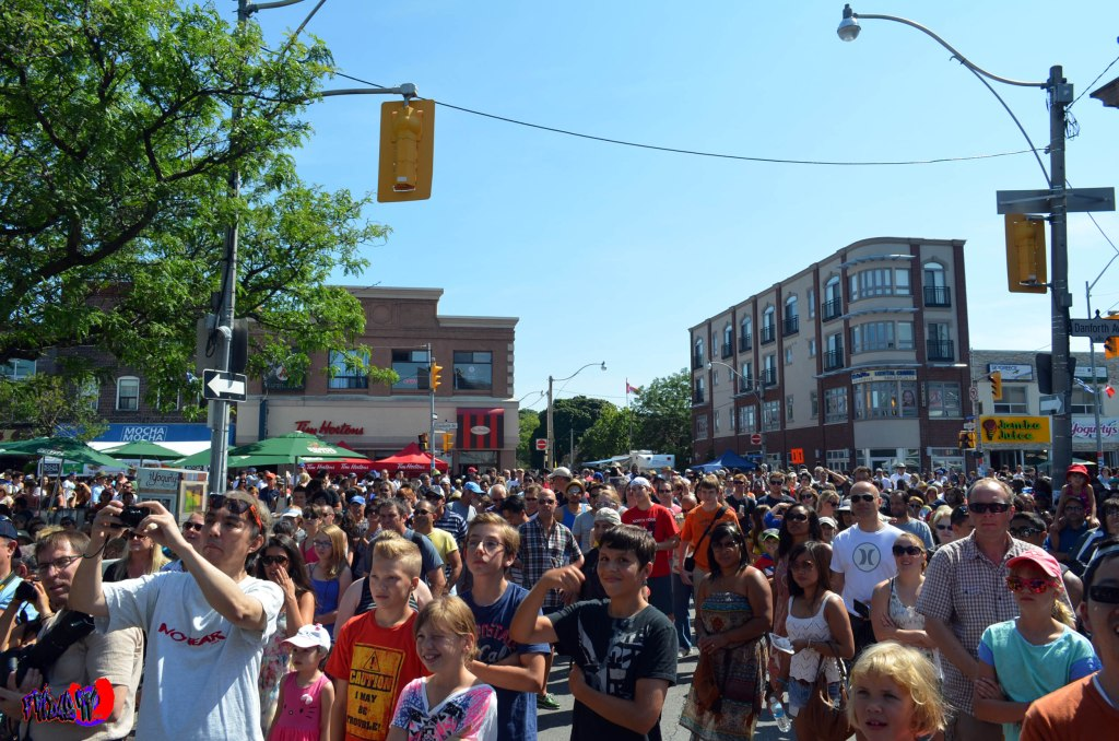 EXPENDABLES 3 CROWD - TASTE OF THE DANFORTH SUNDAY AUGUST 10TH 2