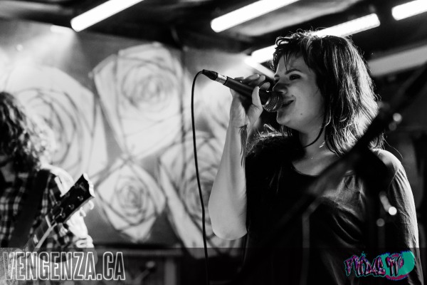 JESSIE BROWN AND THE BLACK DIVINE LIVE @ THE HIDEOUT INDIE WEEK 2014 - PHOTO BY: JOANNA GLEZAKOS